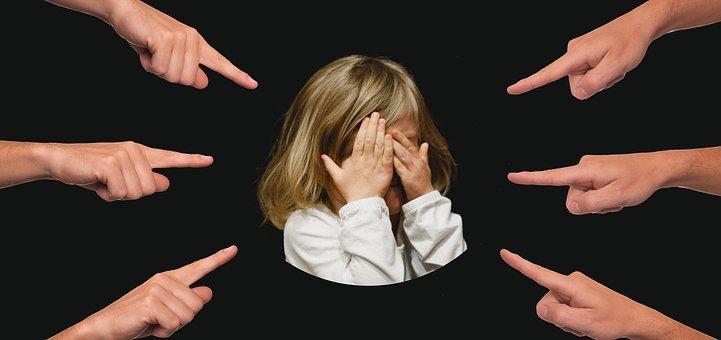 Emocionální zneužívání vdětství a jeho následky do dospělosti