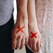 Manžel se vyhýbá komunikaci mezi námi