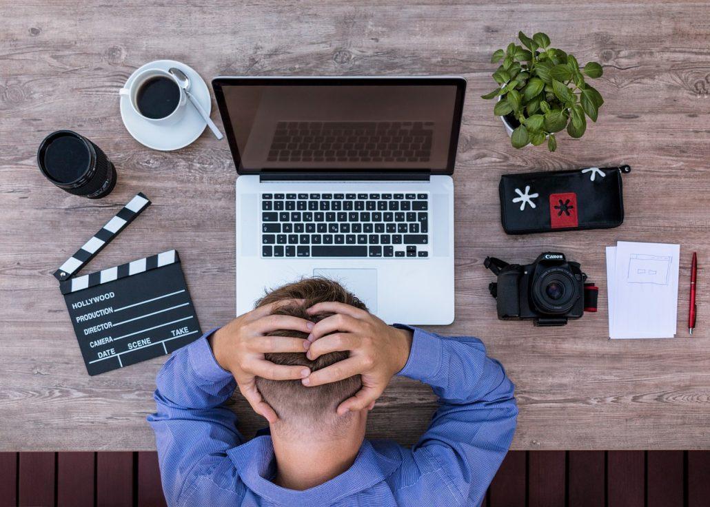 Totální vyčerpání z práce i vztahu