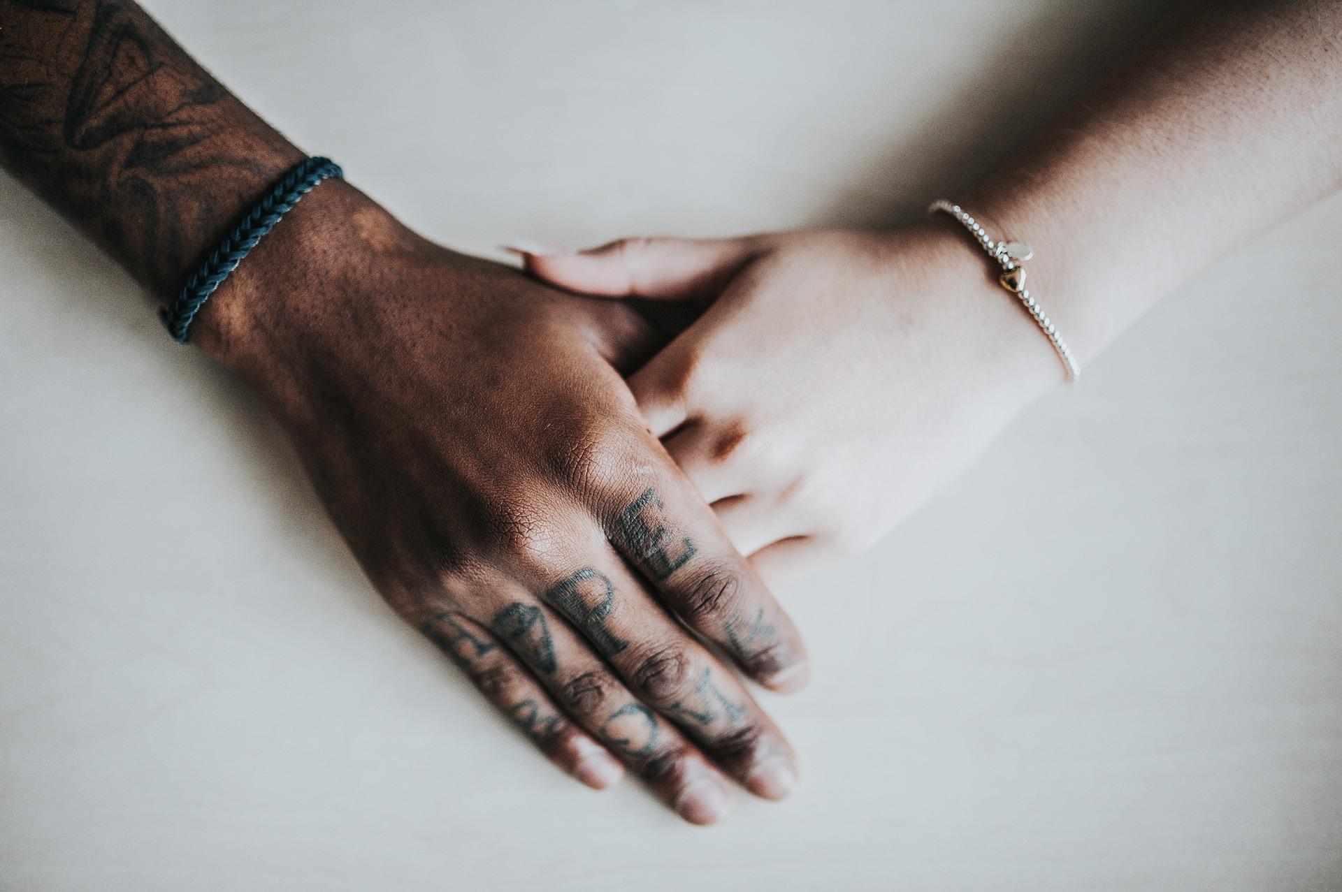 Co nejvíce škodí v partnerských vztazích